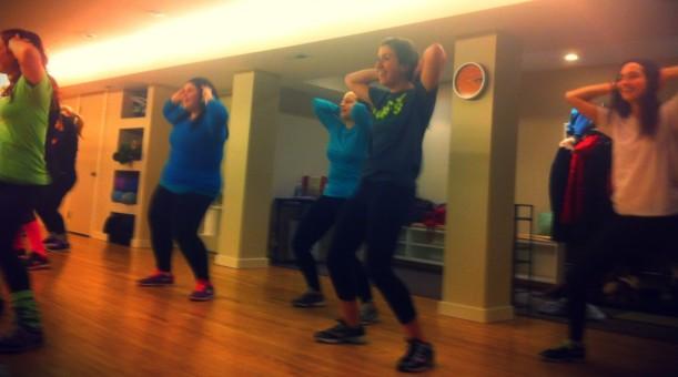 cropped-dance-crew-sophia-4.jpg